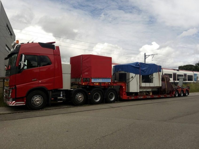 Greece Heavy Transport Lowbed Transport